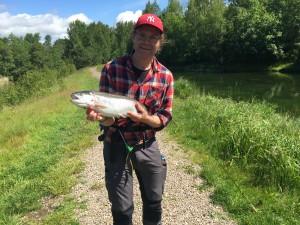 Charly med en av sina många fiskar.